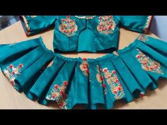 Sewing tutorials clothes dress costura ideas for 2019 Girls Dresses Sewing, Sewing Clothes Women, Girls Frock Design, Kids Frocks Design, Stylish Blouse Design, Fancy Blouse Designs, Kids Dress Patterns, Sewing Patterns, Stitching Dresses