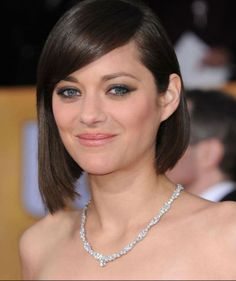 Marion Cotillard wears Chopard to the 2013 SAG Awards