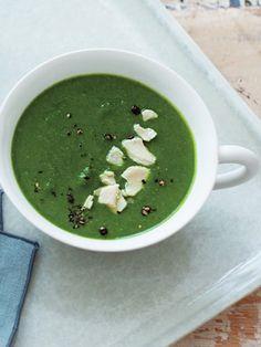 【ELLE a table】ケール、ほうれん草、酒かすのスープレシピ|エル・オンライン