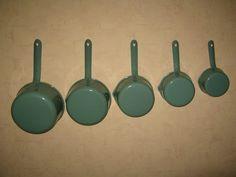 lots de casserole en tôle émaillé bleu vert ancienne vintage maison objet deco