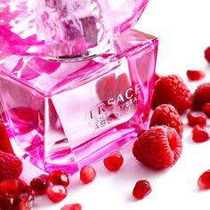 Versace Bright Crystal Absolu is the perfect fruity fragrance to go along with a cheerful attitude.
