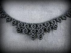 Black macrame necklace adorned with black by DuFiletdesNoeuds