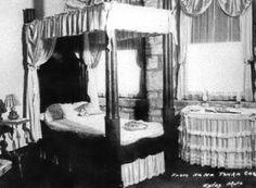 Bedroom In Ha Ha Tonka Castle