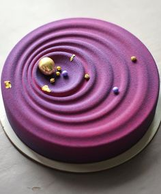Anna Aksyonova - purple birthday cake idea