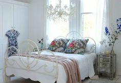 Camera da letto shabby-color