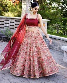 Designer Bridal Lehenga, Bridal Lehenga Choli, Floral Lehenga, Lehenga Dupatta, Lehenga Wedding, Ghagra Choli, Sabyasachi, Indian Bridal Outfits, Indian Designer Outfits