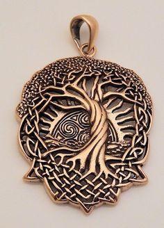Celtic Tree Engraved