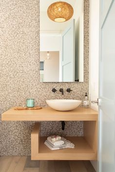 powder bathroom with pebbled wall and a floating oak vanity and a raised bowl sink Modern Farmhouse Exterior, Modern Farmhouse Style, Farmhouse Plans, Farmhouse Design, Ceiling Paint Colors, Powder Room, Bath Powder, Bleached Wood, Kitchen Island Table
