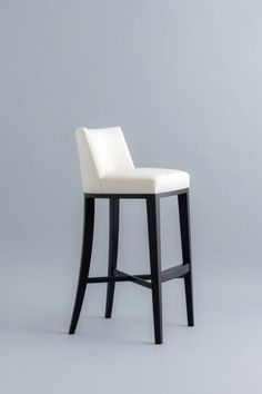 STOMP BAR STOOL