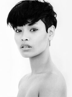 Amira Ahmed: Love her hair.