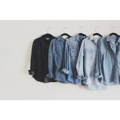 The denim or chambray shirt is such a staple item for any wardrobe. This is an easy piece to add to your collection. We currently have a beautiful 7 for all mankind chambray in stock. Look Camisa Jeans, Jumpsuit Denim, Denim Blouse, Denim Top, Chambray Top, Ripped Denim, Dungarees, Looks Jeans, Look Fashion