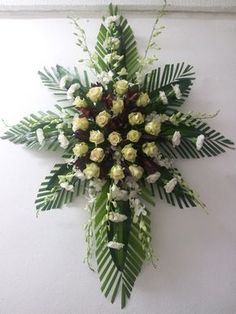Funeral Flowers Puerto Rico: Send flowers for sympathy with Mia Bella Casket Flowers, Altar Flowers, Church Flowers, Funeral Flowers, Send Flowers, Funeral Floral Arrangements, Church Flower Arrangements, Beautiful Flower Arrangements, Beautiful Flowers