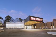 Image 1 of 12 from gallery of Methodist South Emergency Department Addition / brg3s architects. Photograph by Tim Hursley