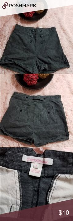 Charlotte Ronson Women's Size 6 Short Shorts Shorts are great to wear for the summer!! Charlotte Ronson Shorts