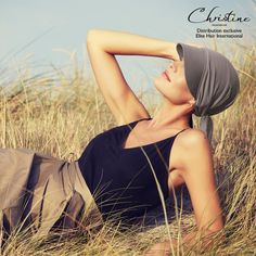 The Official Online Shop of Christine Headwear® - See all the exclusive turbans, scarfs and headbands. Exclusive designs and great selection. How To Feel Beautiful, Most Beautiful, Bandana, Baggy, Top Les, Boutique, Sun, Hair, Technology