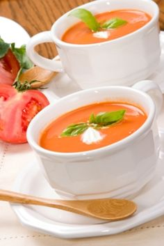 Sopa fría de tomate y Receta Kitchen Recipes, Raw Food Recipes, Veggie Recipes, Soup Recipes, Vegetarian Recipes, Healthy Recipes, Vegan Soups, Healthy Food, Chowder Soup