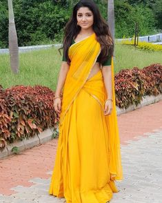 ✅ Adhiti Menon (Mirna) Beautiful Hot Latest HD Photoshoot Stills/Wallpapers Beautiful Girl Indian, Most Beautiful Indian Actress, Beautiful Saree, Beautiful Actresses, Beautiful Women, Indian Girls Images, Half Saree Designs, Thing 1, Beauty Full Girl