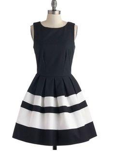 SEASIDE STYLE: 7 NAUTICAL LOOKS - ModCloth 'A Dreamboat Come True' dress