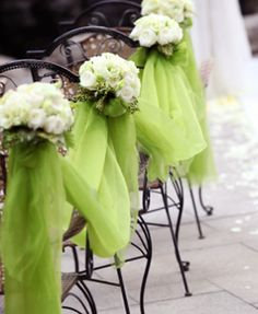 Spring's right around the corner. Get the latest in spring wedding ideas and start planning! #wedding ceremony
