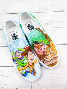 Disney Painted Shoes, Painted Canvas Shoes, Painted Vans, Painted Sneakers, Hand Painted Shoes, Disney Converse, Disney Shoes, Custom Vans, Custom Shoes