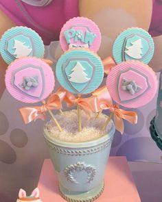 Ideas para fiestas de Paw Patrol para niñas | Tarjetas Imprimibles Sky Paw Patrol, Paw Patrol Cake, Paw Patrol Party, Sky E, Paw Patrol Birthday Girl, 2nd Birthday Parties, Unicorn Party, Birthdays, Chevron