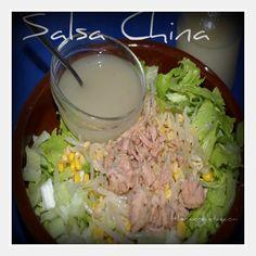 Mi marido me tenía loca, le encanta la salsa china blanca, que ponen como aliño en las ensalada en los restaurantes chinos. Así que siempre que se