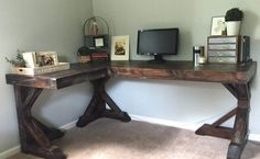 diy corner desk. I love this More