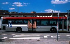 15 Most Creative Bus Ads (Funny Bus Ads, Cool bus ads, Funny Bus advertising) - ODDEE