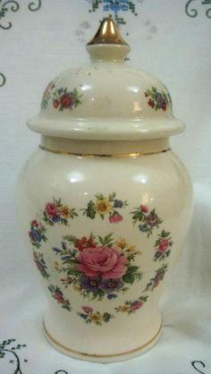 Vintage Sadler China - Lidded Ginger Jar - Pattern 03654 - 1937-1947