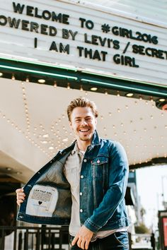 Dancer Derek Hough wears his limited-edition Levi's Trucker Jacket at GIRL 2016 in LA this weekend. Derek is flashing the pocket detailing that includes the I Am That Girl Manifesto.