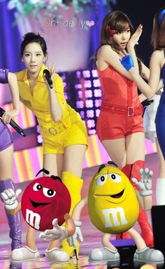 """Red and Yellow M's = TaeNy in """"Hoot""""   Girls' Generation / So Nyuh Sh ..."""