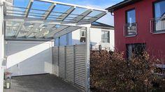 GD Beispiel Nr. 15.2   Glasdach-Carport aus hochwertigem Leimschichtholz. Seitenwand zum Nachbarn.
