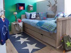 Bedbank Steigerhout? De leukste Kinderbedden voor de kinderkamer bij Saartje Prum. Kids Bedroom, Bedroom Decor, Toddler Bed, Nursery, Bed Ideas, Furniture, Home Decor, Boys, Child Room
