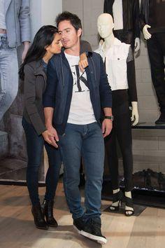 Aislinn Derbez y Mauricio Ochmann revelan sus consejos básicos para usar jeans