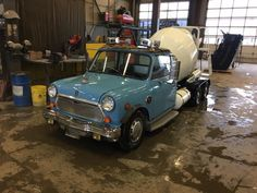 Mini cars converted into semi trucks - photos Small Trucks, Big Rig Trucks, Mini Trucks, Custom Motorcycle Shop, Motorcycle Travel, Mini Morris, Rear Wheel Drive, Custom Vans, Classic Mini