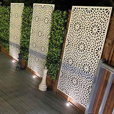 Garden Wall Designs, Back Garden Design, Backyard Patio Designs, Terrace Design, Backyard Landscaping, Small Courtyard Gardens, Outdoor Gardens, Garden Privacy Screen, Privacy Screens