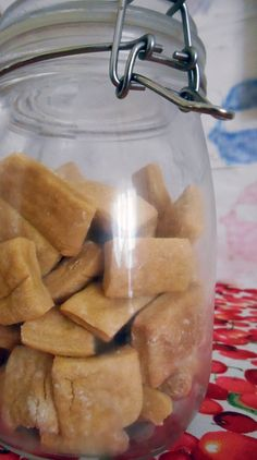 TUTORIAL: DIY Dog Treats (My sister gave me this recipe a while ago.)