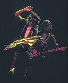 Jimmy Page and John Paul Jones, Led Zeppelin Greatest Rock Bands, Best Rock, Jimmy Page, Jimmy Jimmy, Robert Plant, Led Zeppelin, Great Bands, Cool Bands, Rock N Roll