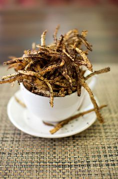 Breakfast coffee frites ~ Shoestring fries coated with ground coffee mixed with brown sugar and some ancho chile.
