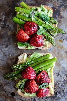 Avocado Toast with Asparagus and Strawberries   http://www.floatingkitchen.net