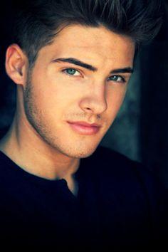 Cody Christian/ Theo from Teen Wolf Pretty Little Liars, Pretty Boys, Guys Eyebrows, Theo Raeken, Hot Boys, Handsome Boys, Beautiful Eyes, Cute Guys, Character Inspiration
