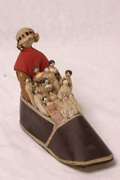 There was an old wife, who lived in a shoe, she had so many children, she didnot know what to do.