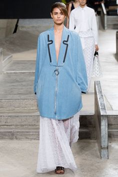 Kenzo Spring 2015 Ready-to-Wear Fashion Show - Taylor Hill (IMG)