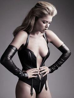 model: doutzen kroes, photographer: alexi lubomirski