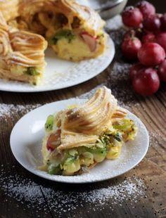 SERNIK KOKOSOWY Z BIAŁĄ CZEKOLADĄ BEZ PIECZENIA Tacos, Inka, Mexican, Ethnic Recipes, Food, Vanilla Cream, Breads, Kuchen, Essen