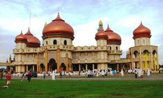Great Mosque Meulaboh, Aceh, Indonesia Islamic Architecture, Art And Architecture, Temples, Unity In Diversity, Beautiful Mosques, Paradise Island, World's Most Beautiful, Place Of Worship, North Africa