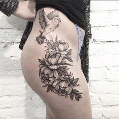 dotwork-floral-tattoo