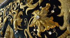 Resultado de imagen de fotos de bordados en oro