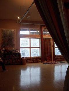 yoga studio. Curtain instead of wall???