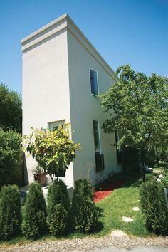 Skinny Minnie house  in Sacramento, California.
